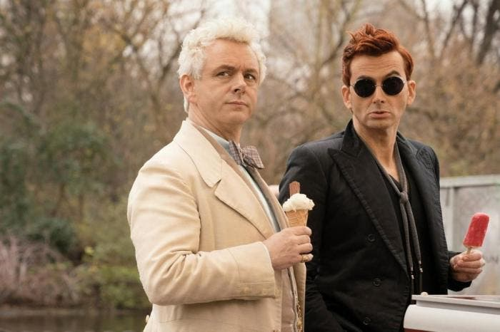 "Michael Sheen e David Tennant na série original da Amazon ""Good Omens"""
