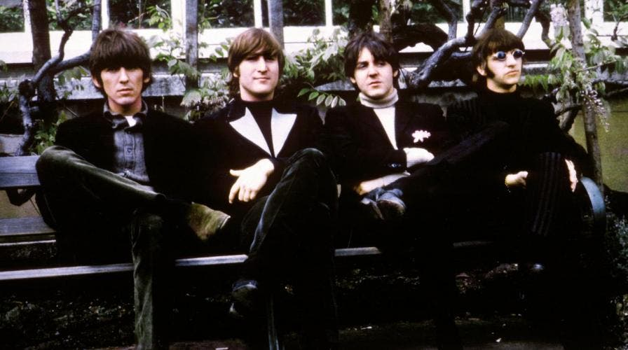 George Harrison, John Lennon, Paul McCartney e Ringo Starr: os Beatles