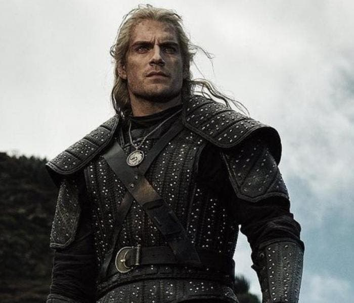 "Henry Cavill como protagonista de ""The Witcher"""