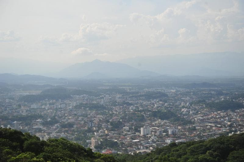 foto mostra Joinville vista do mirante