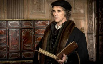 "Mark Rylance, como Thomas Cromwell, em ""Wolf Hall"""
