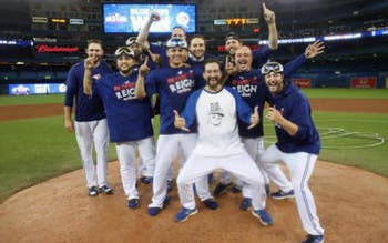 Blue Jays vence Orioles na repescagem e segue vivo nos playoffs da MLB